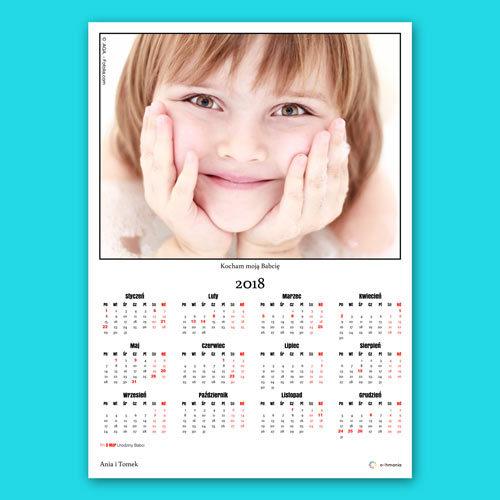 Aby zaprojektować kalendarz wystarczy dodać jedno własne zdjęcie.