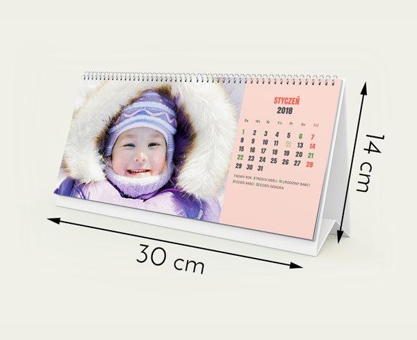 Rozmiar 30 na 14 cm  12 miesięcy plus okładka  Własne zdjęcie w każdym miesiący  Własne święta  Dowiedz się więcej