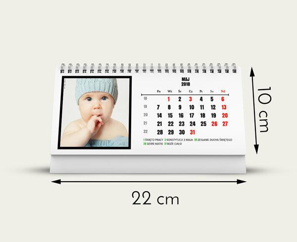 Rozmiar 22 na 10 cm  12 miesięcy plus okładka  Własne zdjęcie w każdym miesiący  Własne święta  Dowiedz się więcej